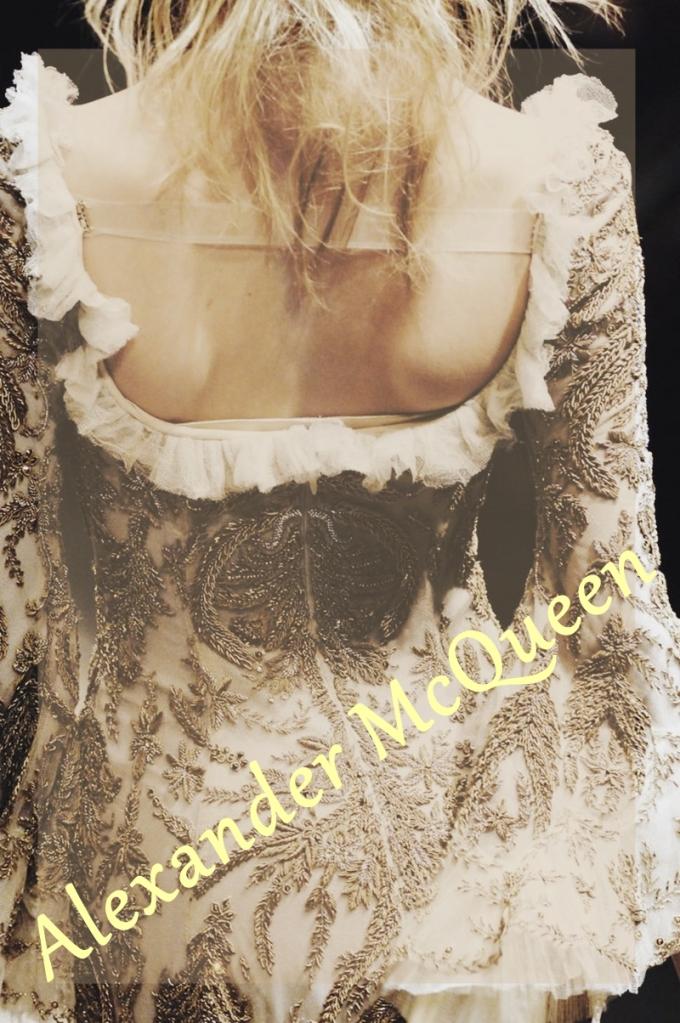 Alexander-McQueen-detail
