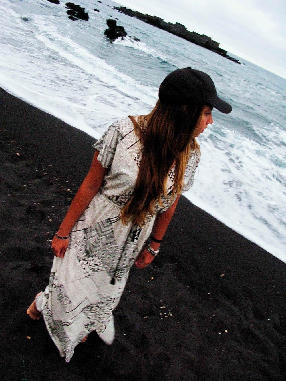 blackandsand